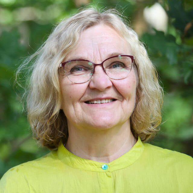 Sosiaalipsykologi Saara Kinnunen